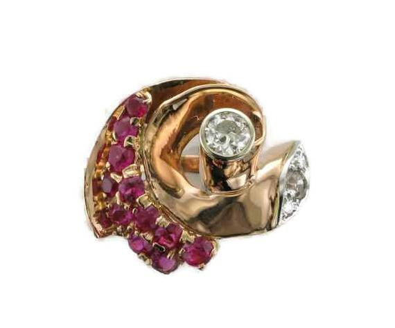 ruby gold retro ring