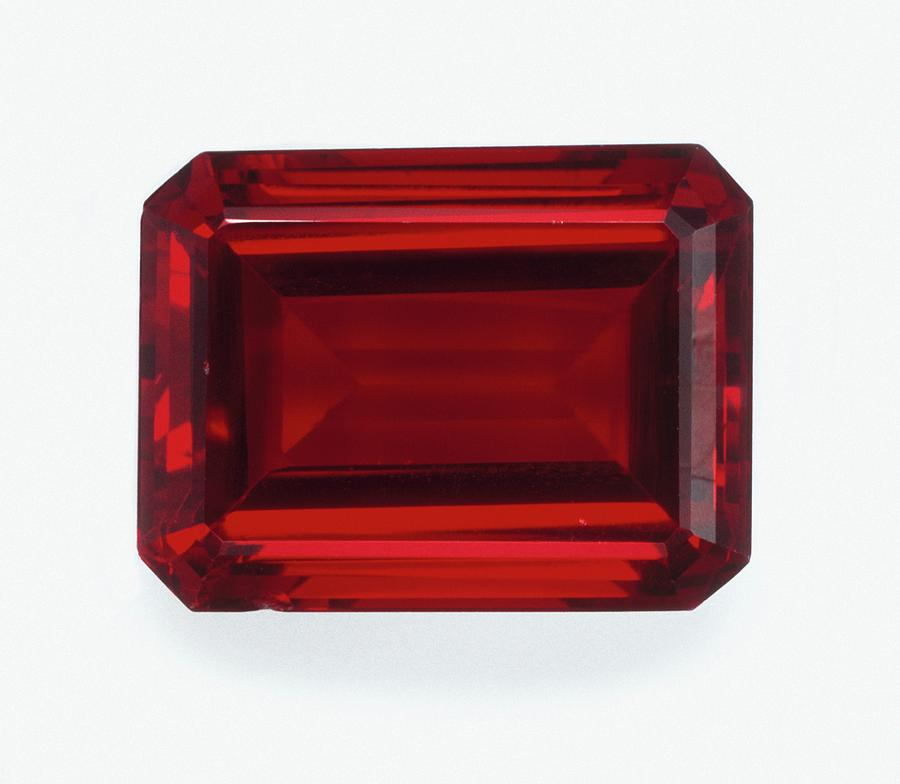 synthetic ruby step cut